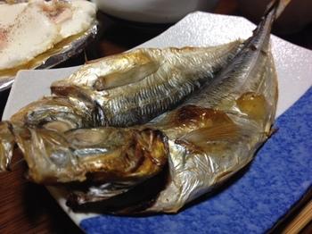 今日の夕飯は焼き魚の鯵.JPG